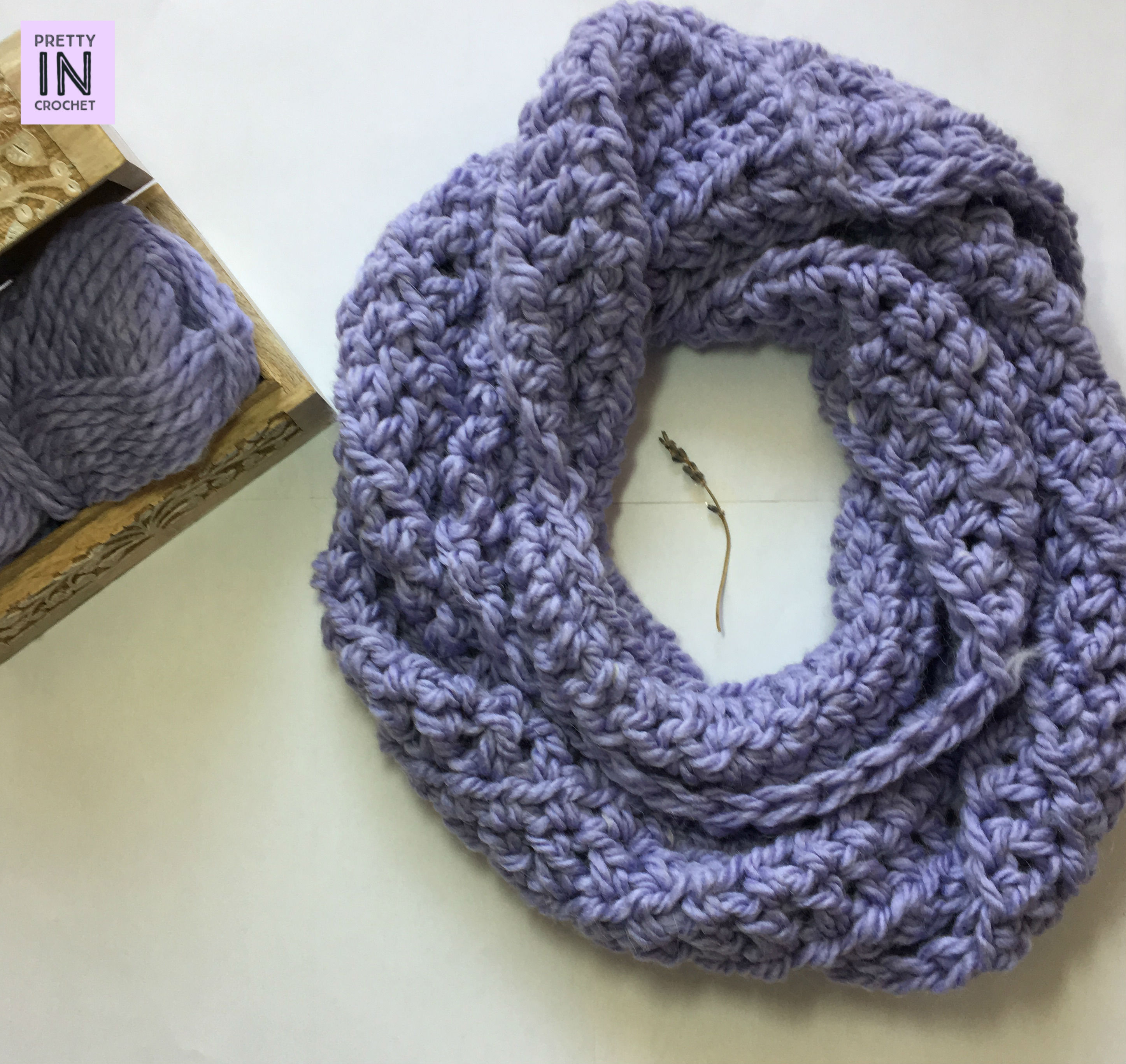 Chunky Lavender Scarf: Free Pattern