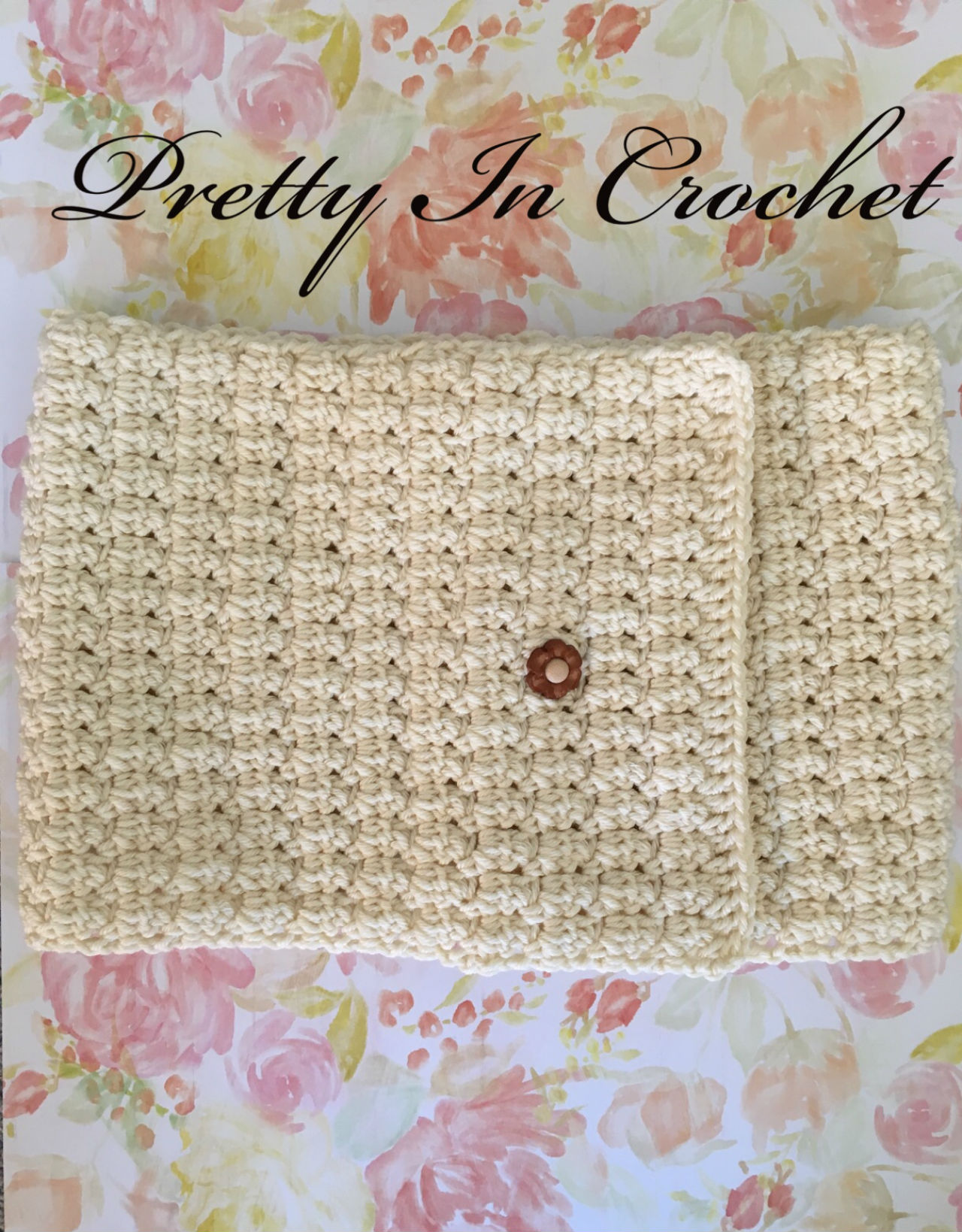 Pretty In Cream Cowl: Pattern