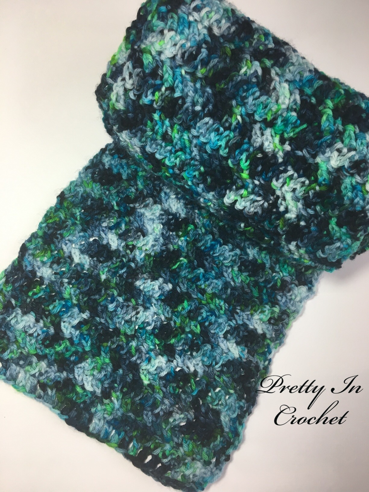 Neon Dream Scarf: Free Pattern